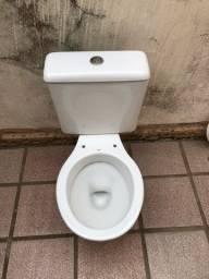 Sanitário com caixa ocoplada celite
