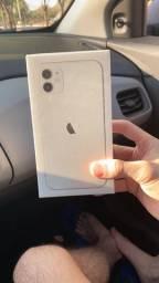 IPhone 11 64G Branco zero lacrado NF Garantia Apple Anatel