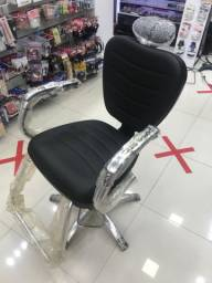 Cadeira de cabeleireiro e barbeiro nova