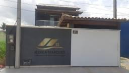 P-025 Linda casa com 3 quartos, piscina e área gourmet em Unamar - Cabo Frio - RJ