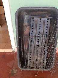 Vendo churrasqueira usada