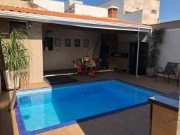 Casa com 3 dormitórios à venda, 230 m² por R$ 760.000,00 - Água Branca - Piracicaba/SP