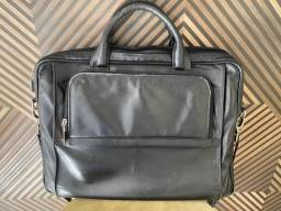 Bolsa carteira espaço para notebook preta de couro
