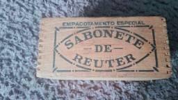 Caixa madeira antiga sabonete de reuter