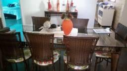 Mesa 8 cadeiras de fibra
