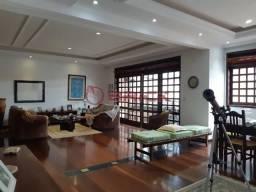 Apartamento de 4 quartos sendo 2 suítes em Taumaturgo