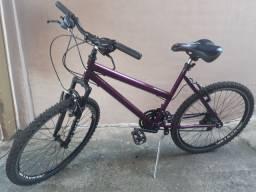 Parcelo no cartão Bicicleta aro 26, Feminina sem detalhes novíssima