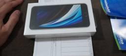 Lacrado! iPhone SE 2020 Branco 64! Magazine Luiza nota fiscal e garantia 1 ano