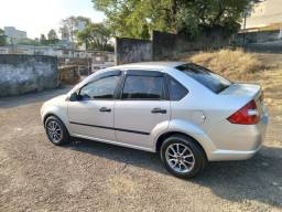 Fiesta sedan 1.6 completo Flex