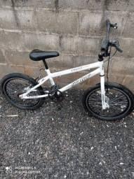 Bicicleta estado de nova 450.00
