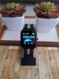 Smartwatch Colmi P12 com 4gb de memória interna para músicas MP3
