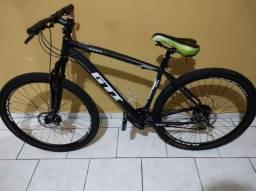 Vende-se Bicicleta aro 29.Em ótimo estado