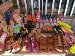 Sandalias, Chinelos, Zapatos. De Fábrica