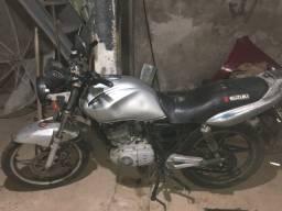 Suzuki Yes 2010