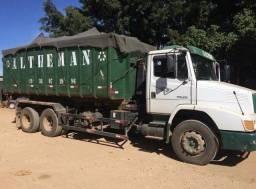 Caminhão truck MB 1620 (6x2)
