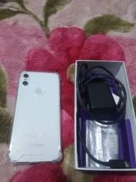 Celular Motorola One 64 gigas