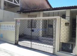 Casa com 3 dormitórios à venda, 136 m² por R$ 370.000,00 - Monte Castelo - Fortaleza/CE