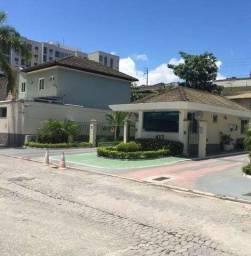Casa de 03 Quartos em Condomínio Fechado!!!!!