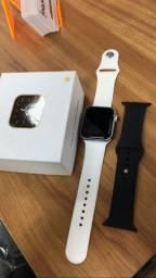 Smart watch que faz e atende chamada $150,00