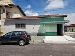 Vendo excelente casa próximo ao MIX MATEUS