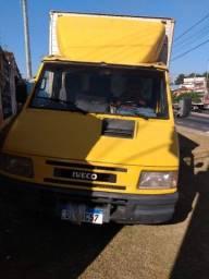 Título do anúncio: Caminhão Iveco daily 3510 ano2001