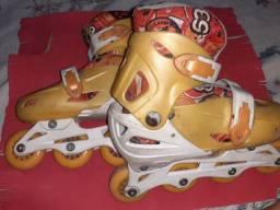 Vendo patins regulável usado tamanho 30/34