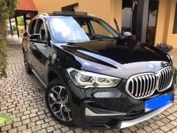 BMW X1, X-line 2.0 turbo com apenas 7.960 km