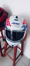 Capacete. Axxis