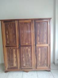 Guarda roupa madeira 3 portas
