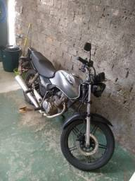 Titan 2002 125esd
