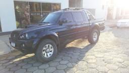Vende-se Mitsubishi l200