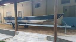 Canoa de alumínio 6m + Carreta + Motor Yamaha 15hp