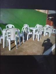 Título do anúncio: Conjuntos mesas/cadeiras