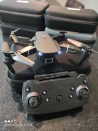 Drone E88 Pro com Câmera 720p Wifi