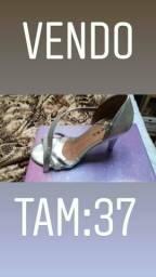 Sandália de salto prata