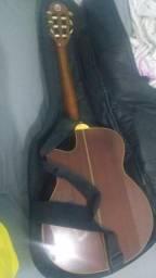 Violão elétrico Tagima com afinador