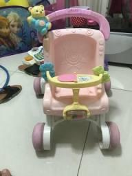 Vendo brinquedos estimuladores para bebes na fase dos primeiros passinhos