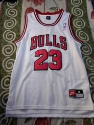 Camisa Nike - Chicago Bulls Micheal Jordan - Tamanho P - Seminova bc7a50fecbef6