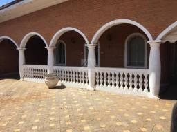 Casa à venda com 3 dormitórios em Centro, Taquaritinga cod:54477