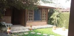 Casa em Condominio com 230m², 02 Dorms, 04 Vagas, Itapecerica da Serra