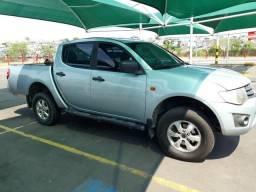 Vendo L200 triton 4x4 - 2012