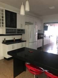 Vendo Casa e Salão no São Luiz (alugado por R$ 2.200,00)