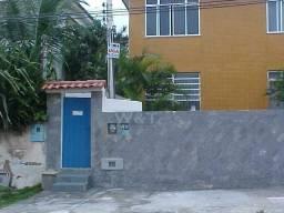 Casa na quadra da praia de Piratininga - 02 quartos