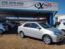 Etios Sedan 1.5 XLS Automático 2017