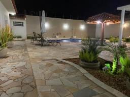 Casa com Área de Lazer - Residencial Paraíso - Franca/SP