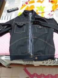Jaqueta jeans com zíper   / Nova / Tamanho P