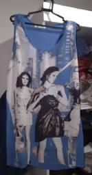 Vende se uma blusa valor 4reais
