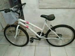 Bicicleta novinha aro 24