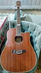 Vendo violão Tagima