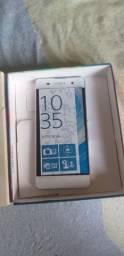 Sony Xperia XA com caixa e carregador